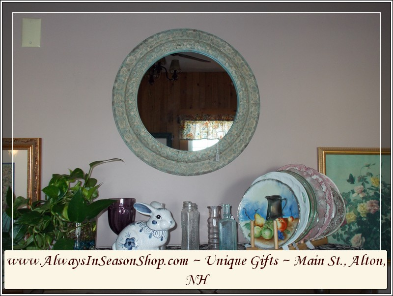 home-decor-and-kitchenware-gift-items-at-always-in-season-shop-31